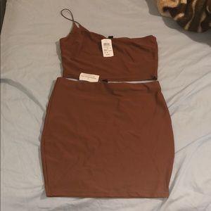 Skirt and tube top set
